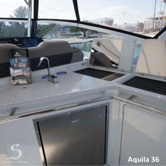 Aquila36 09