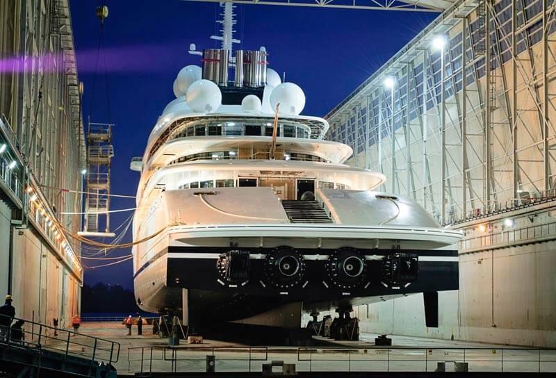 Azzam Lurssen Worlds Largest Yacht Stern