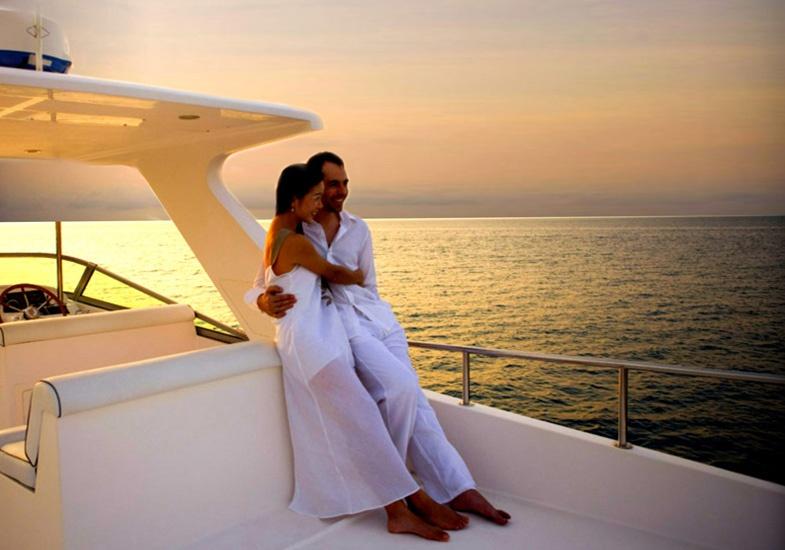 Dam Cuoi Tren Du Thuyen Tu Nhan Sai Gon Yacht 11