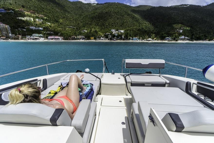 Yacht Charter Su Lua Chon Tuyet Voi