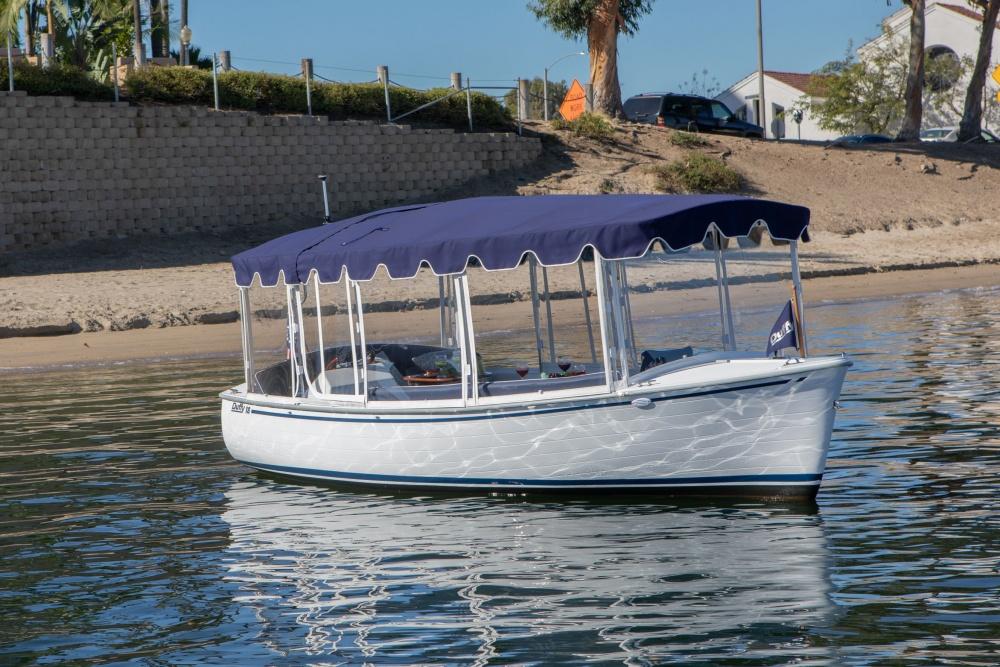 Duffy Electric Boats 18 Snug Harbor Exterior