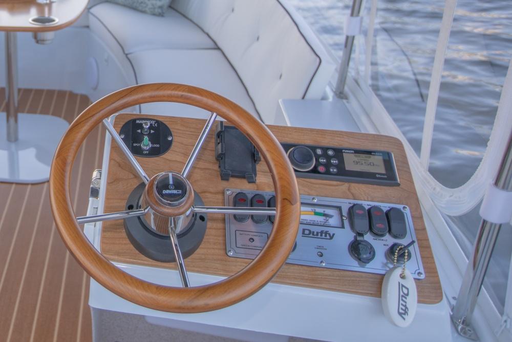 Duffy Electric Boats 18 Snug Harbor Interior 2020 10