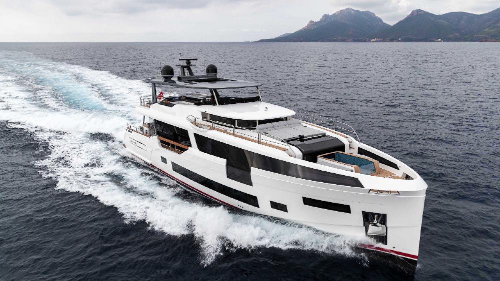 Sirena 88 Explorer là một chiếc du thuyền nổi bật bởi nội thất