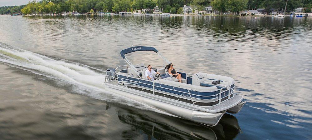 Pontoon Boats Vs Deck Boats
