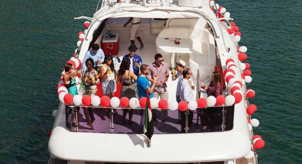 Thuê du thuyền làm sinh nhật